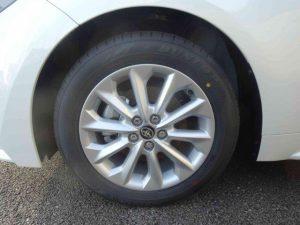 カローラツーリングのタイヤ